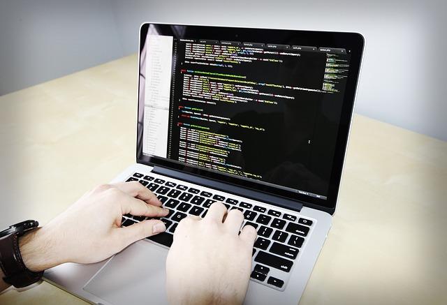 menjalankan php pada html