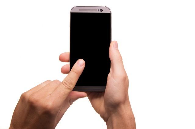 Cara Merawat Layar Smartphone Dengan Mudah