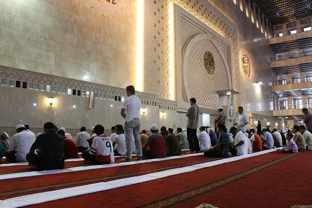 shalat jamaah masjid