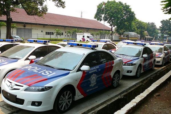 polisi lalu lintas bertugas saat lebaran
